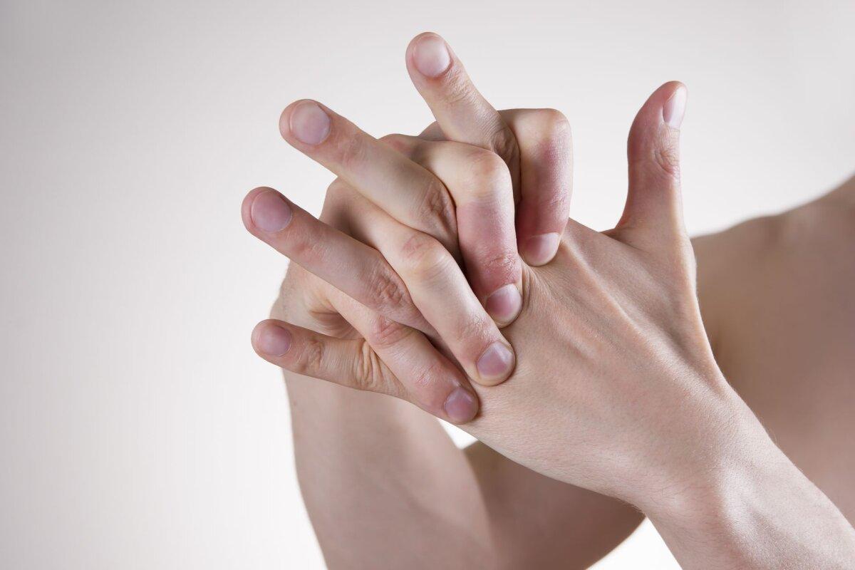 Kui liigesed haaravad sormedega Ribide liigeste valu