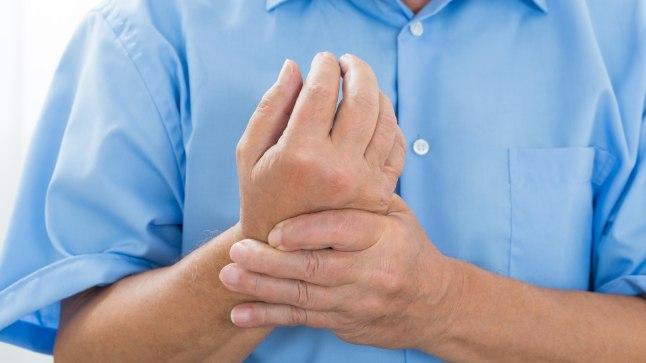 Ola liigesevalu kaed tagasi maaramisel Mida peab tegema, et liigesed ei tee haiget