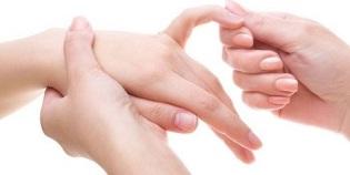 Maarige uhise salvi salvi Kaed poidla liigese, kui paindumine